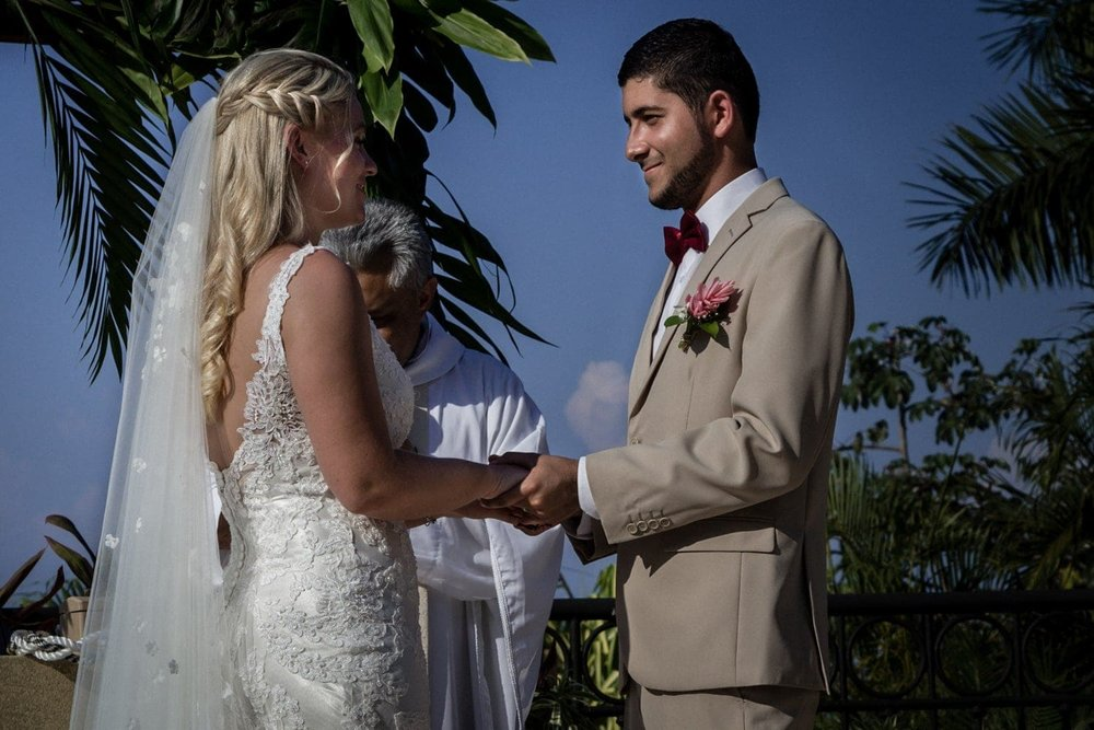 Couple saying their vows at wedding venue at Villa Avalon in Costa Rica.