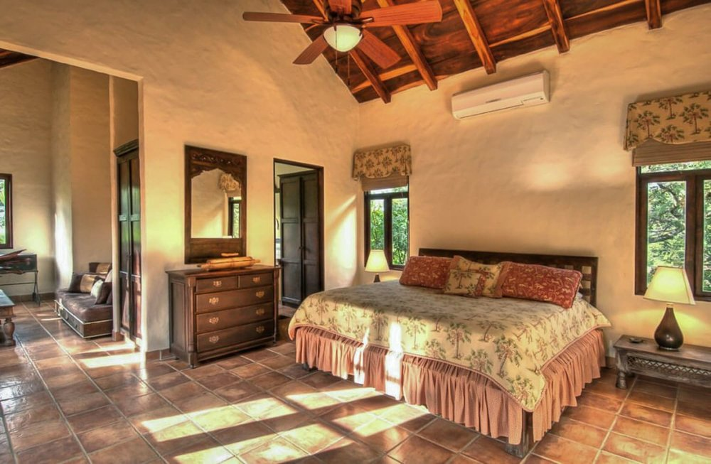 Master suite at Hacienda Barrigona for newlyweds.