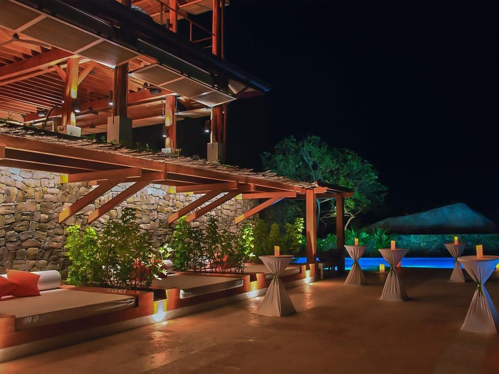 pool-area-for-wedding-ceremonies-receptions-Casa-Chameleon-las-Catalinas.jpg