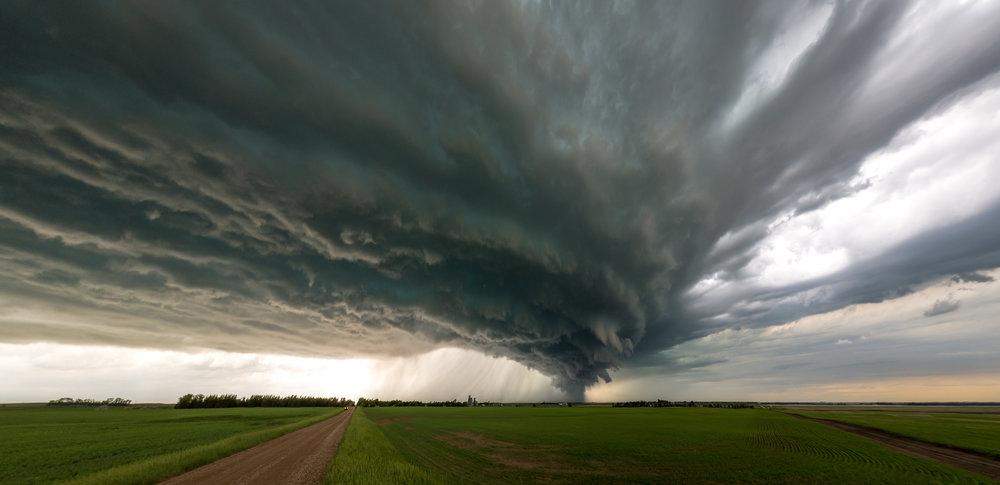 Two-stitch image of a rapidly approaching shelf cloud taken near Portal, ND.