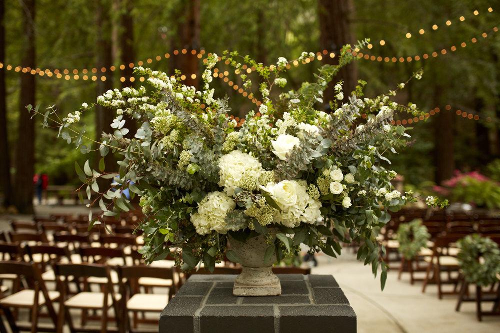 Deer Park Villa - Wedding Planner - Flower Arrangement