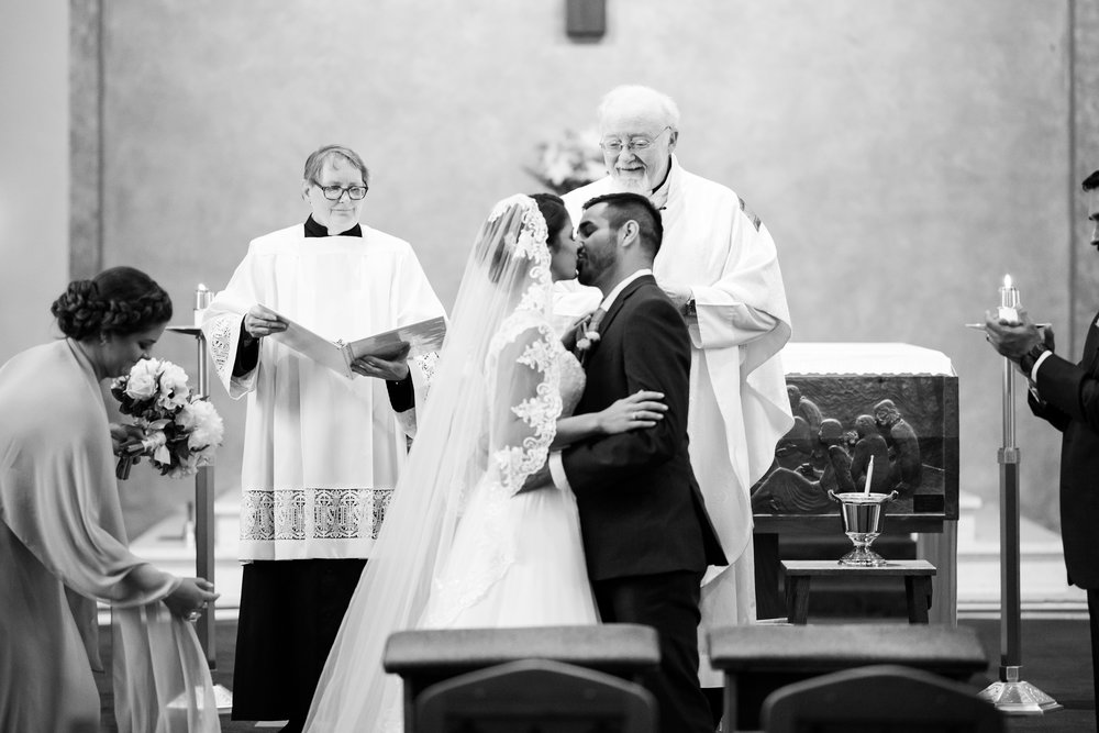 Perfectly Planned Moments Eugene Oregon Wedding Planner Church Kiss.jpg