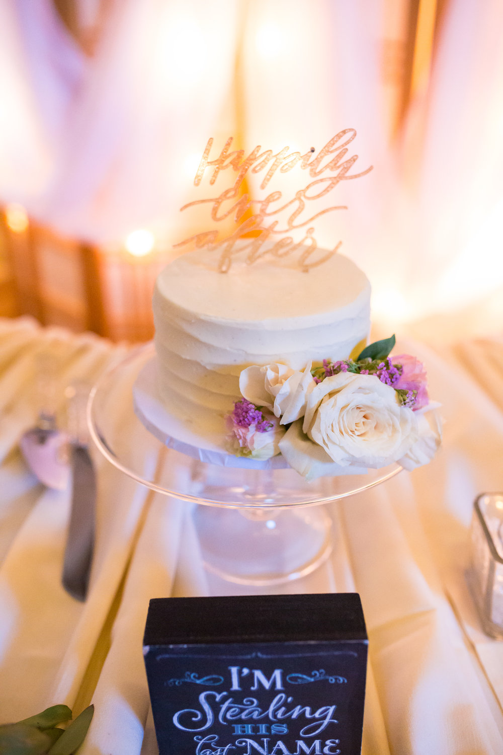 Perfectly Planned Moments Eugene Oregon Wedding Planner Downtown Athletic Club Wedding Cake.jpg