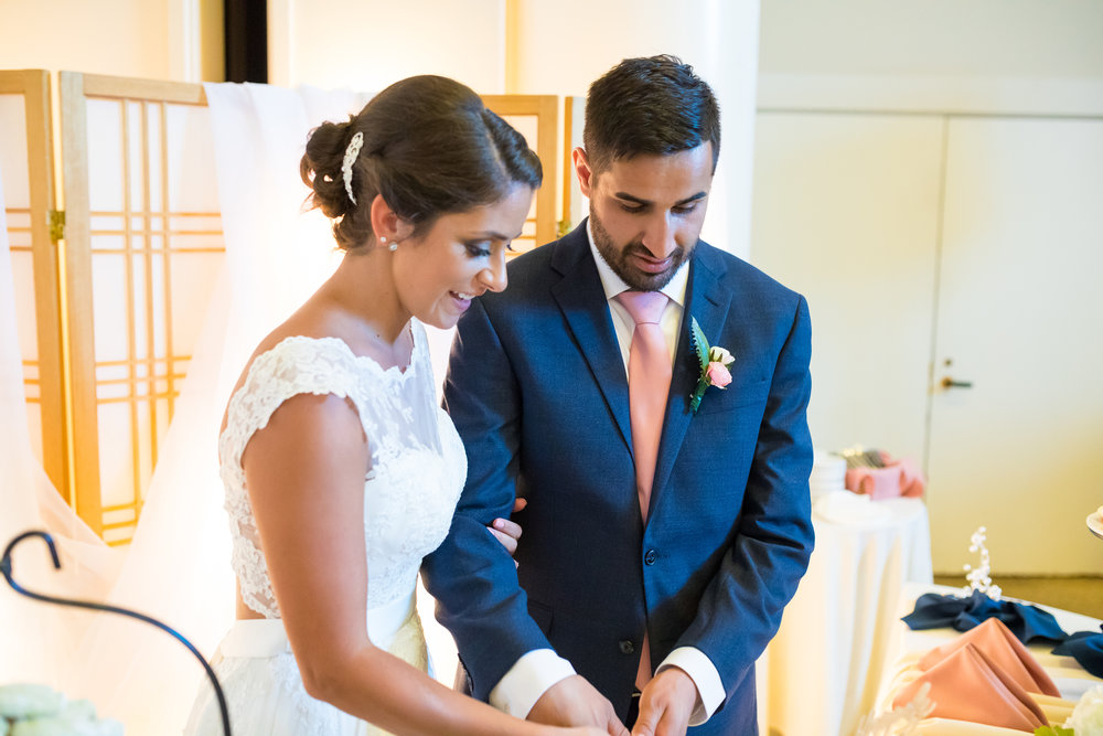 Perfectly Planned Moments Eugene Oregon Wedding Planner Downtown Athletic Club Cake.jpg