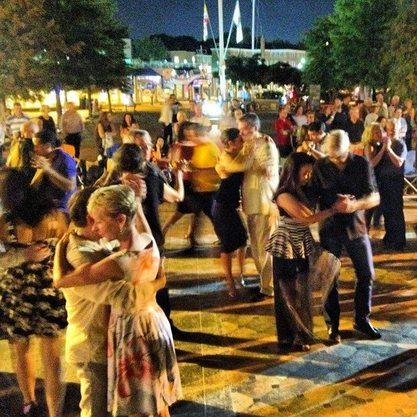Milonga at City Dock- photo by Juan Torreblanca