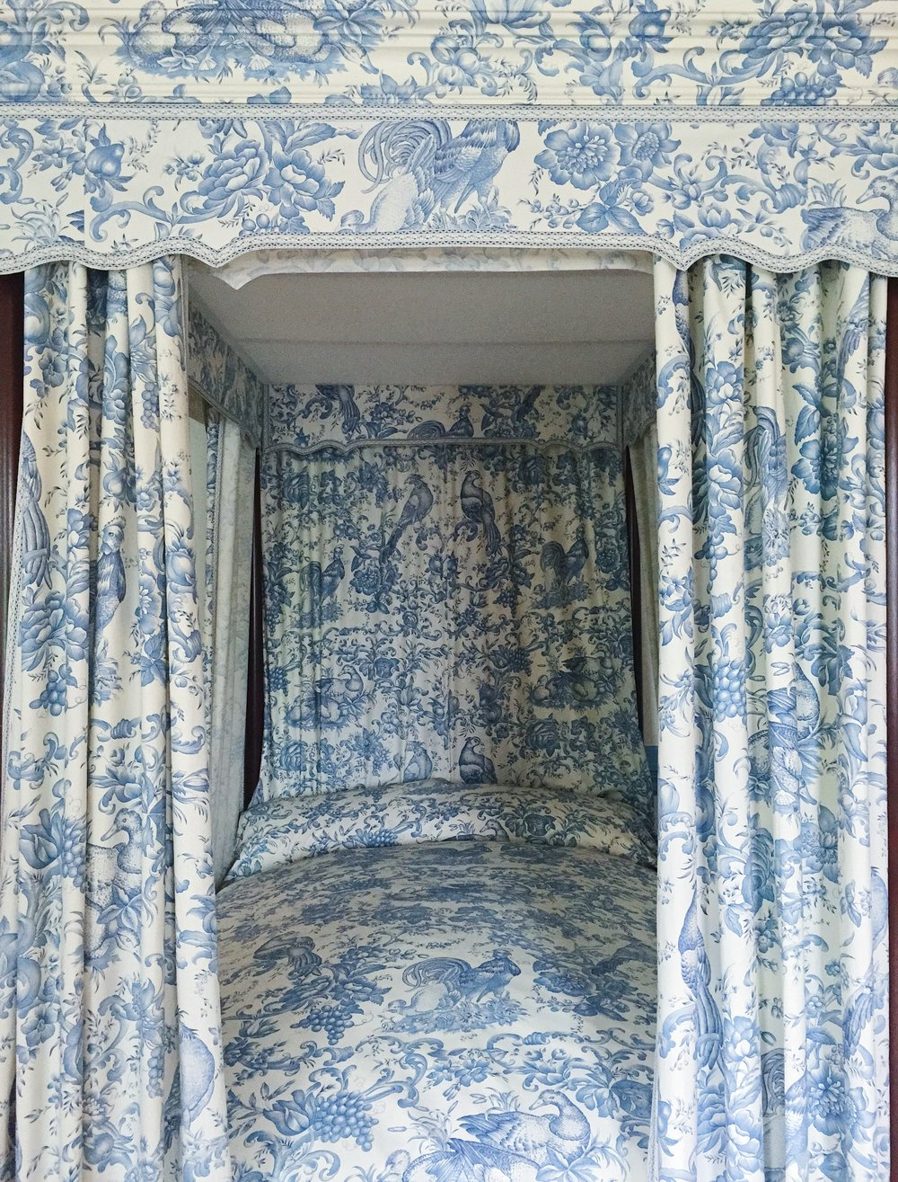paca-house-bed-bromley-hall-toile.JPG