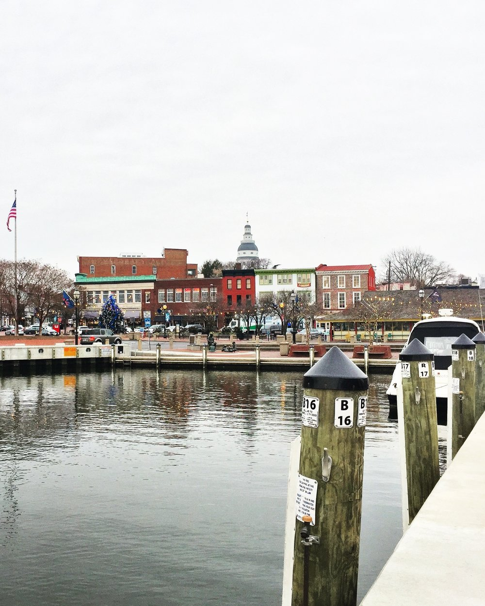 downtown-annapolis-ego-alley.JPG