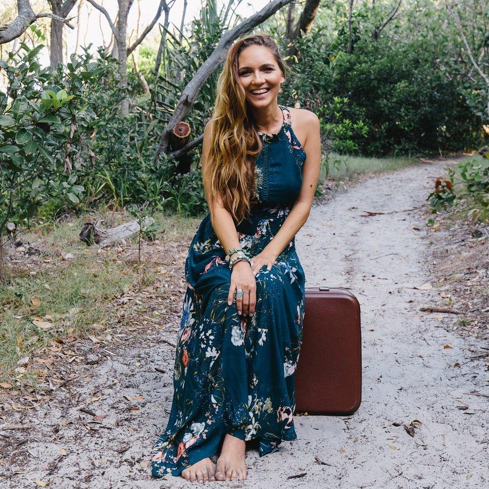 Hey, I'm Danielle.Life + Soul Coach, Travel With Purpose Mentor, Host, Speaker & free spirited wanderer. -
