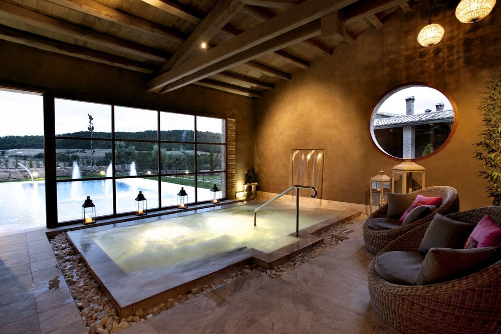 casa indoor pool.jpg