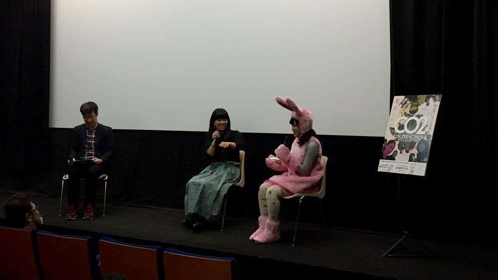左から、神原健太朗さん、藤村明世監督、辻凪子さん