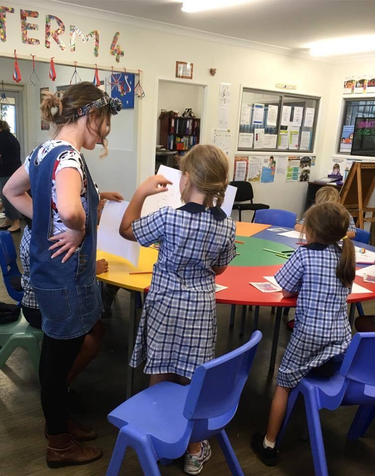 Lani during one of her weekly workshops at Grand Avenue State School OSHC
