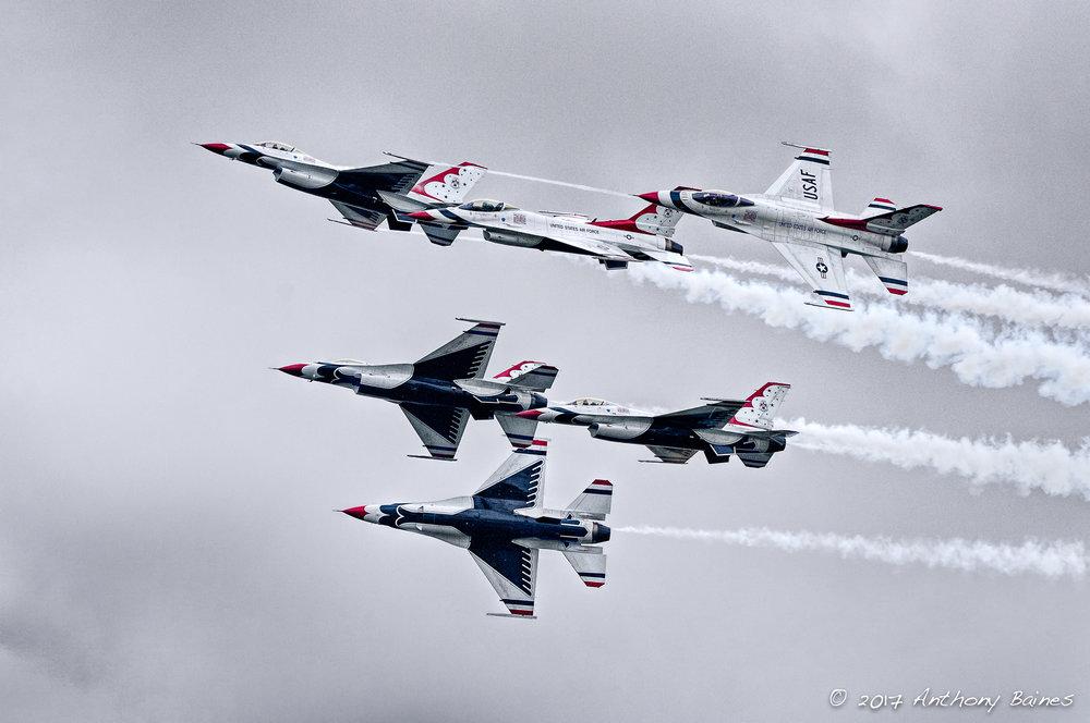 Thunderbirds break