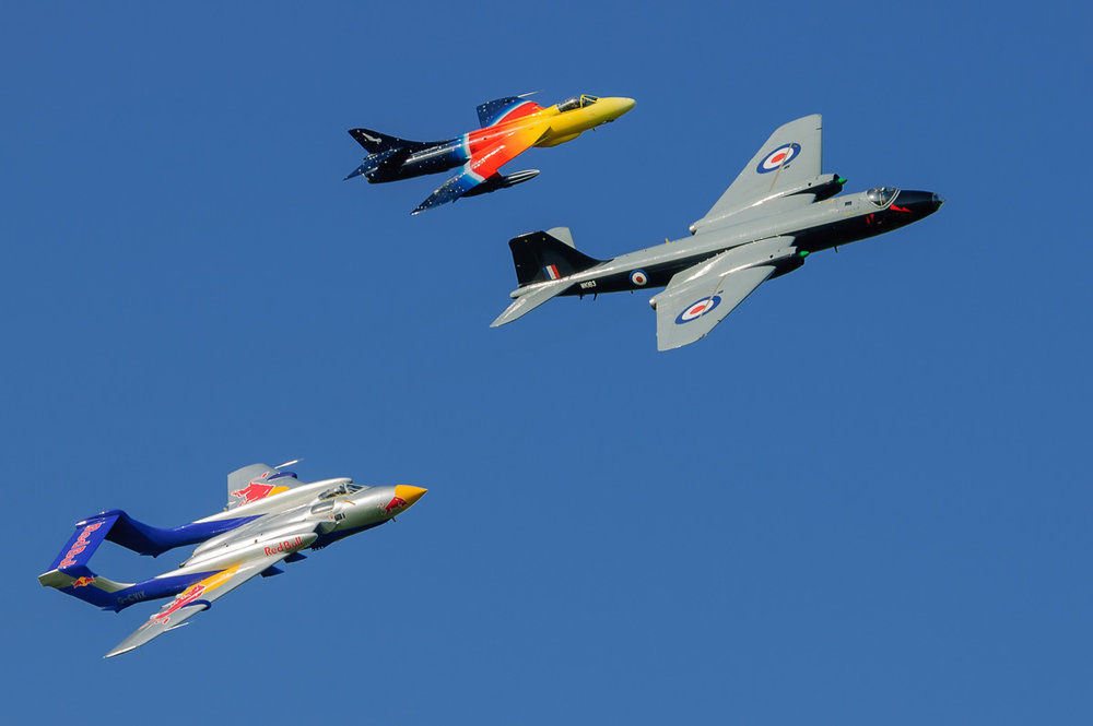Sea Vixen, Hunter and Canberra: cold war era jets photographed on a D70 at Lydd, 2006