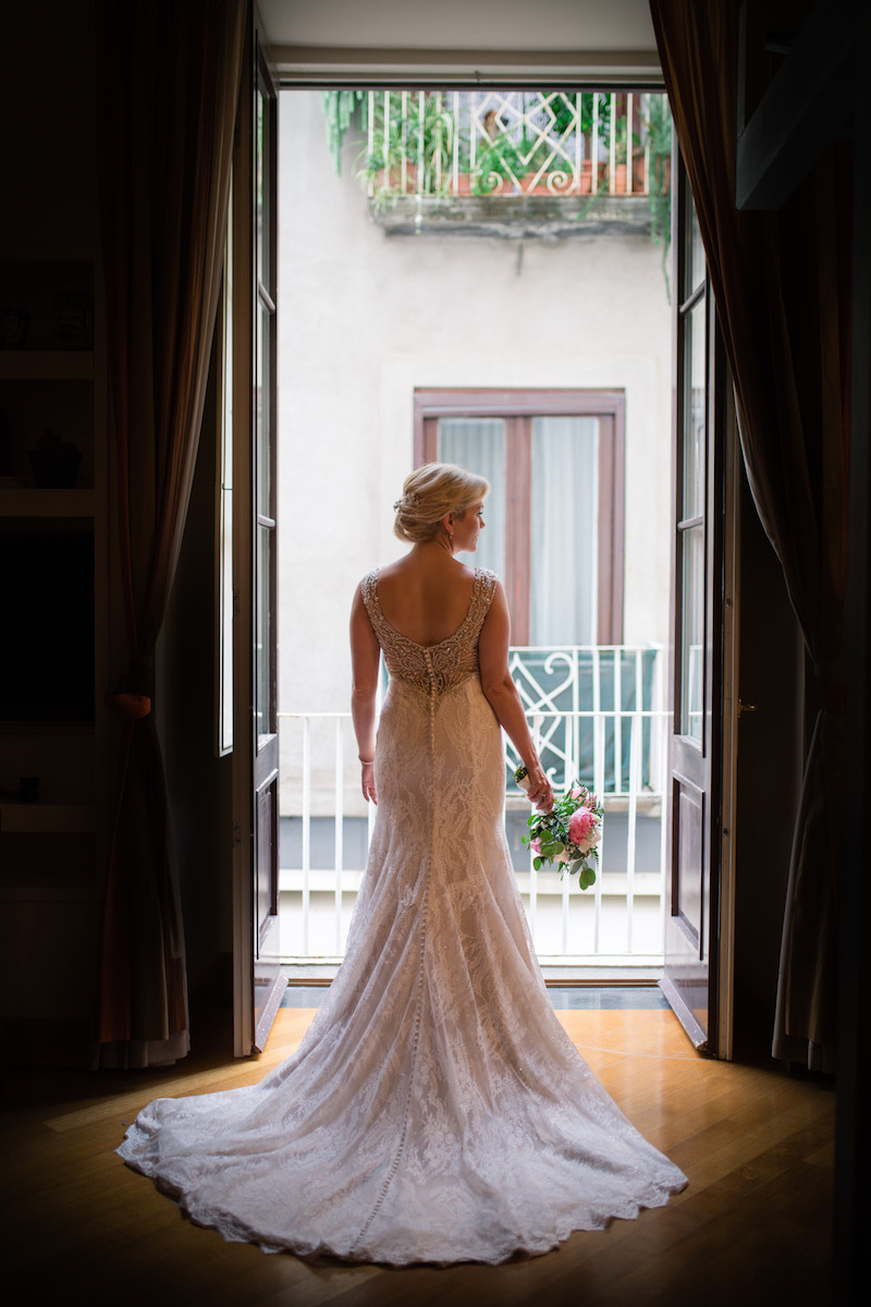 Wedding Blog How to find your ideal wedding photographer Laura Grace photography 3.jpg