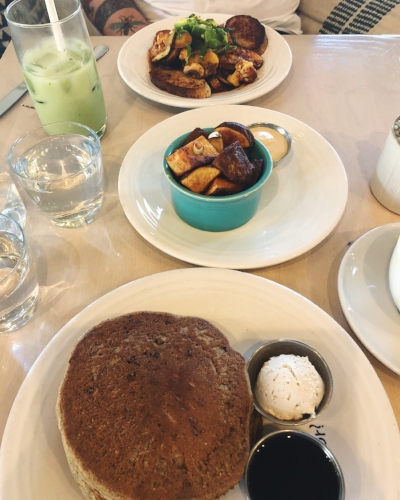 cafe_gratitude_venice_vegan