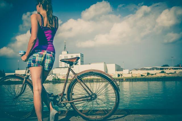 biking - spring capsule collection - seek united