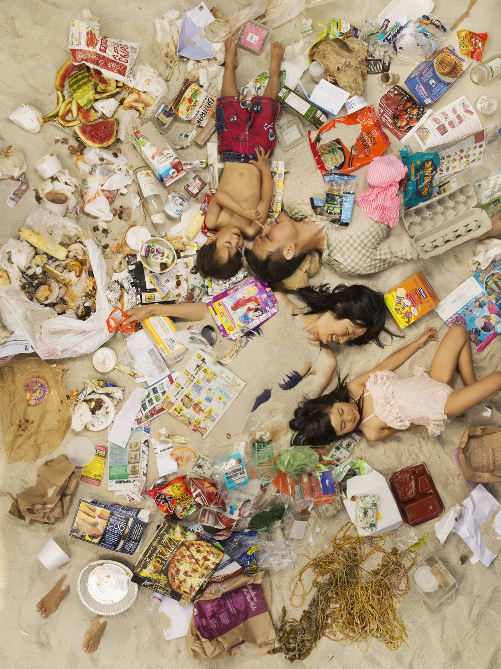 7 Days of Garbage_Michael, Jason, Annie & Olivia 66189.jpg