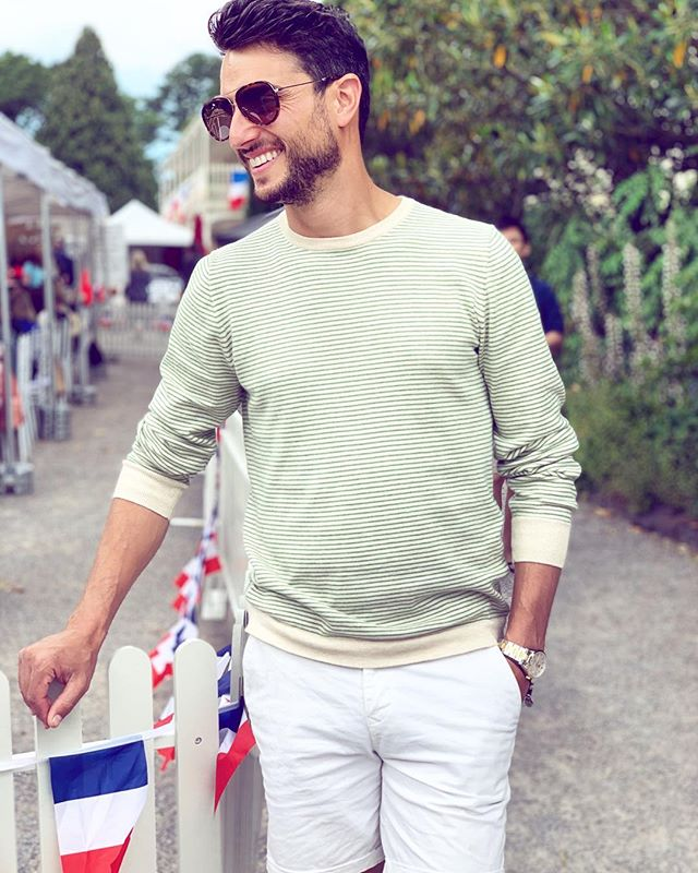 Spent the day at one of our favourite festivals @paris2provencefestival. Wearing my favourite new knit from @oxfordshop.