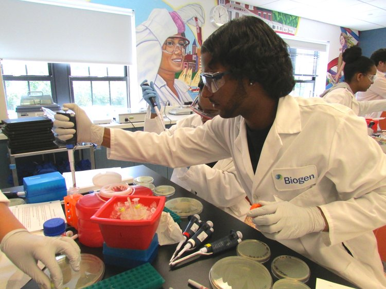 CITIZEN SCHOOLS ALUM JOINS BIOGEN SUMMER PROGRAM -