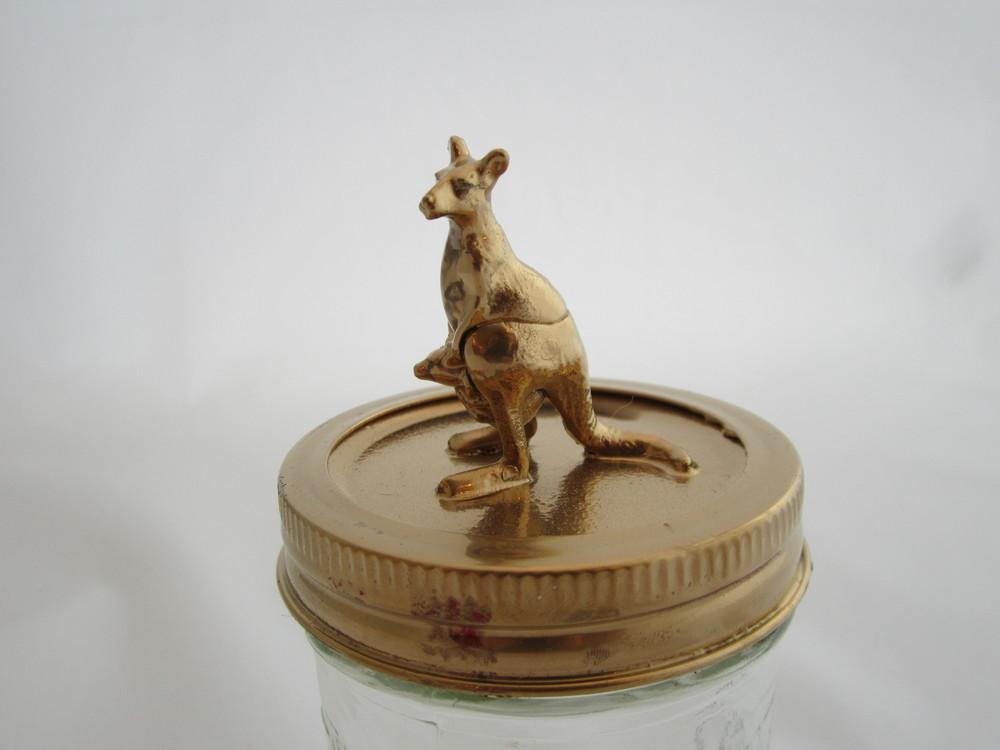 Gold Kangaroo Jar 3.JPG