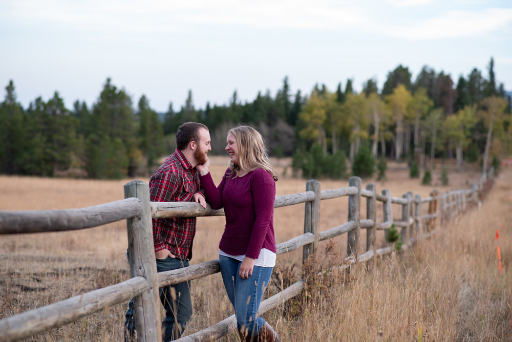Estes Park Engagement Photoshoot