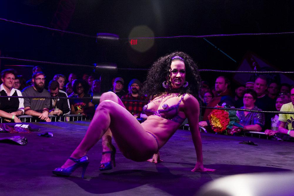 wrestlepalooza-burlesque-11.jpg