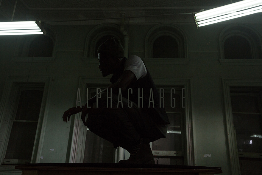 000-Outlier-Feature-Alphacharge-title.jpg