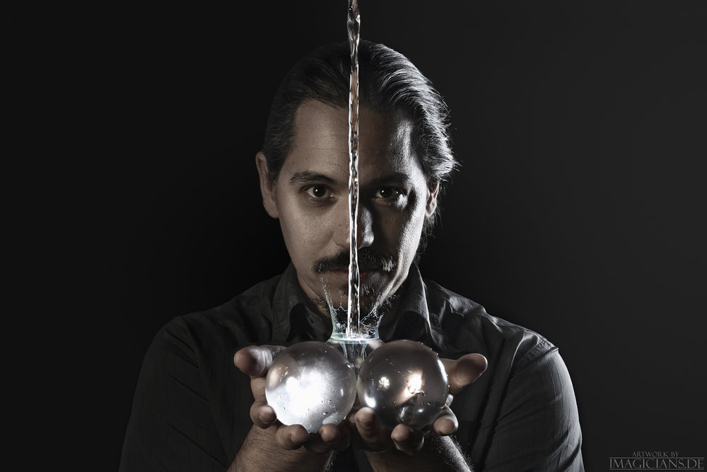 Miguel Munoz - The World Champion of Stage Magic 2018
