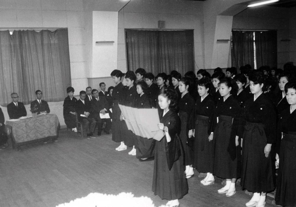 Takarazuka Music School Graduation.jpg