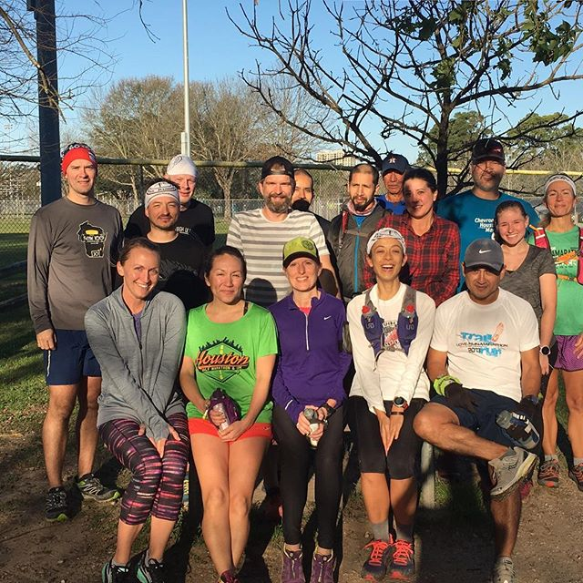 Big group run this morning at Memorial Park #SouthsideTrails  #Sunshine and #blueskies for everyone! #runallthemiles #trailrunners #trailrunning #HATR #grouprun #laughter