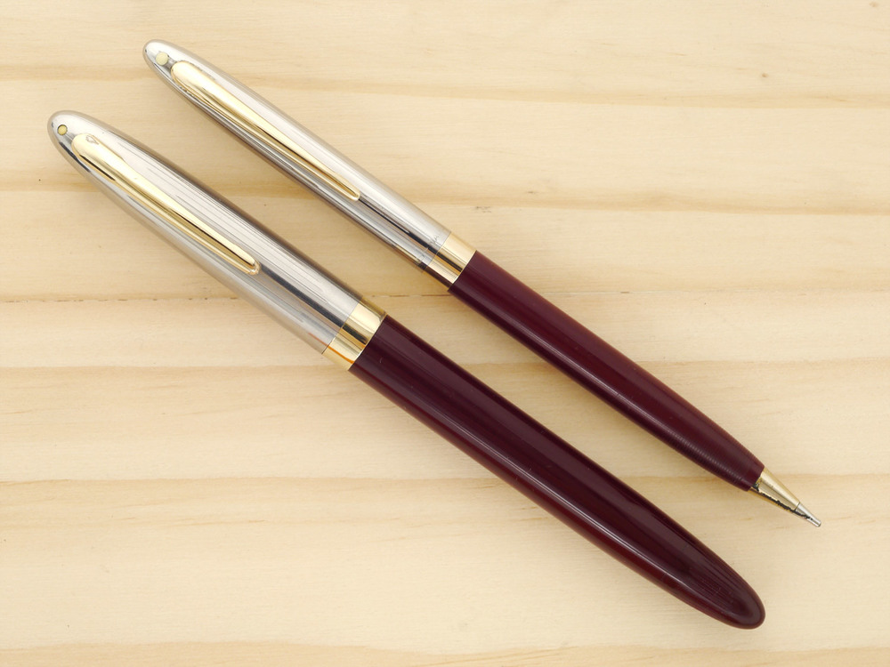 Sheaffer Sentinel Deluxe Set in Burgundy