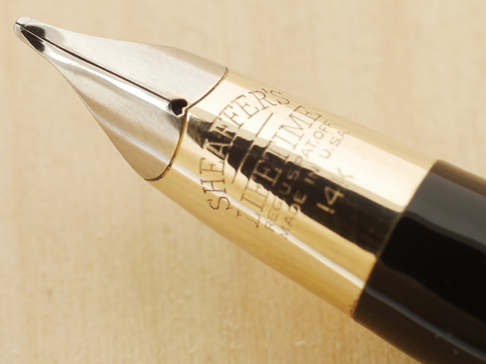 Sheaffer Triumph Vac Fountain Pen, Golden Brown, M, nib close-up