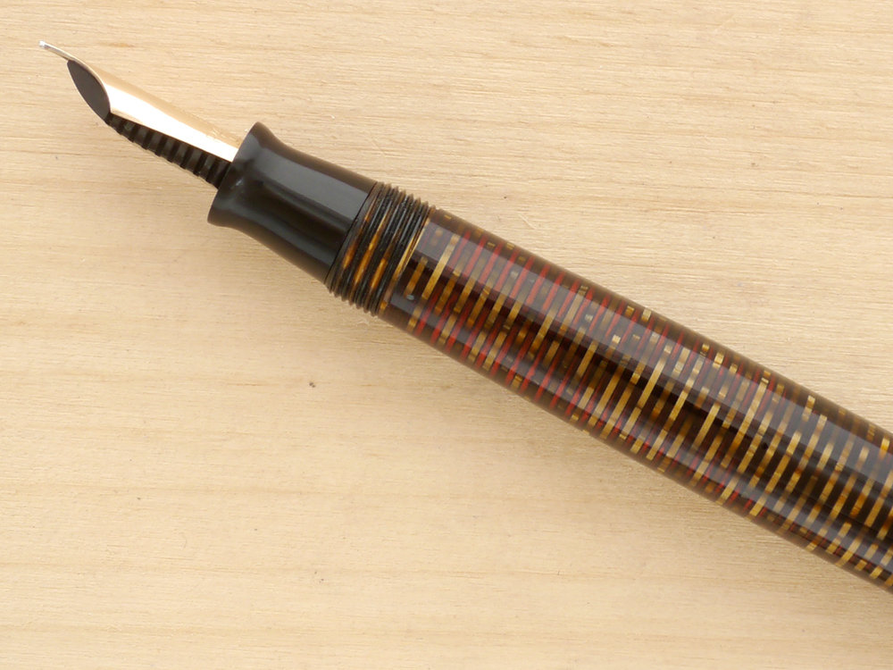Parker Vacumatic Major Fountain Pen, Golden Pearl, XF, nib profile