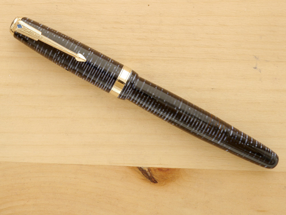 Parker Vacumatic Major Fountain Pen, Azure Pearl, XF Semi-Flex, capped