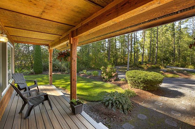 Architectural photography by Corey Schatz.  #architecturalphotography #relax #architecturalphotographer #realestate #realestateagent #realestatemarketing #hometour #olympia #lakewood #tacoma #seattle #washington #hdrphotography #canonusa #evergreenstate #outdoorpatio #outdoors