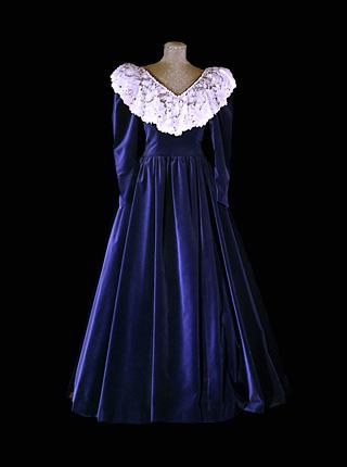 dress_1990.jpg