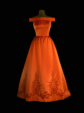 dress_1992.jpg