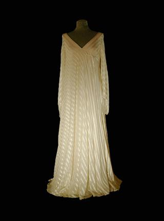 dress_1981.jpg