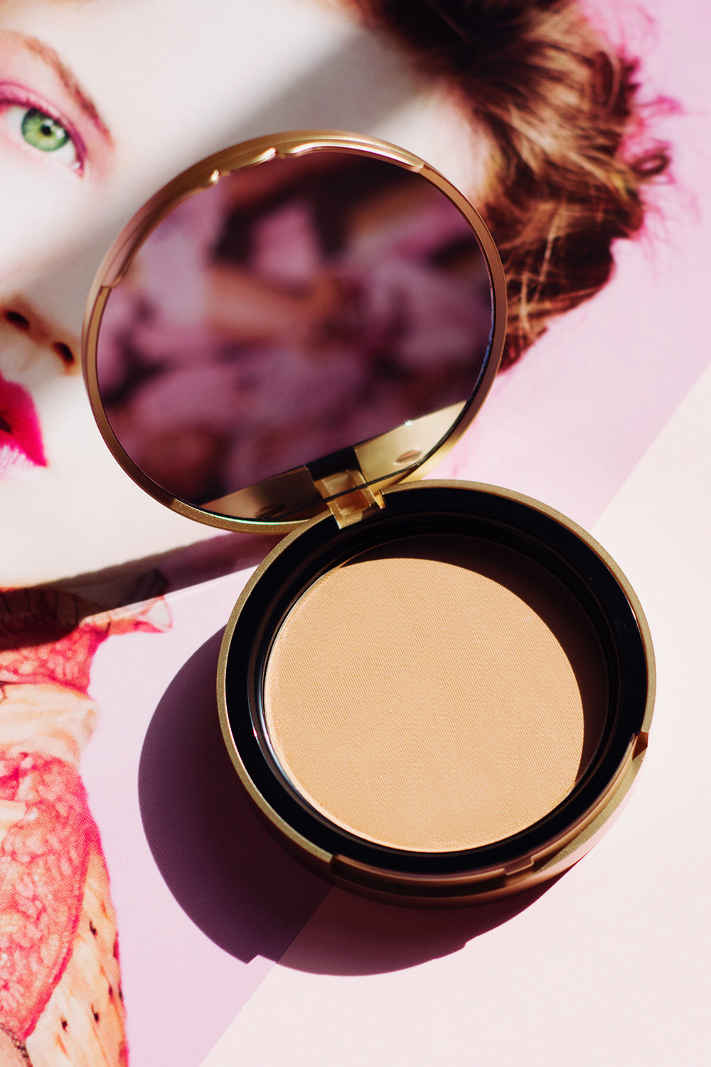 too-faced-milk-chocolate-soleil-bronzer-review.jpg