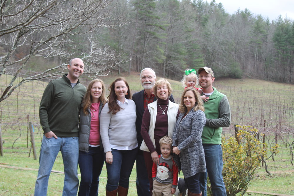 Beaverdam Vineyard is family owned and operated. Pictured from left to right: Josh, Erin, Jen, Steve,Barb, Matthew, Millie, Amelia & Nathan