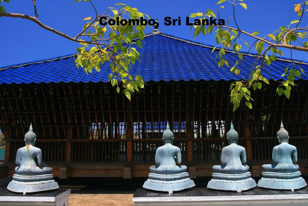 Beautiful_Landmark_in_Colombo,_Sri_Lanka_Buddhist-Temple.jpg
