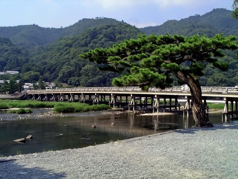 attraction-area-kyoto-arashiyama-togetsukyo-bridge-0001-0001-0001-wikimedia-commons.jpg