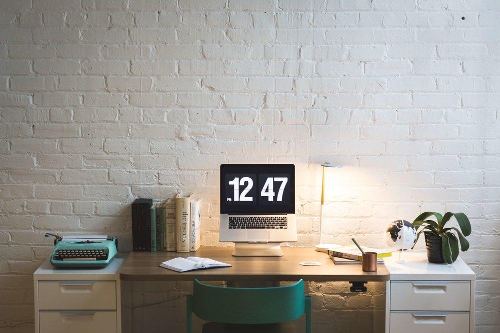 chair-clock-computer-373883 (1).jpg