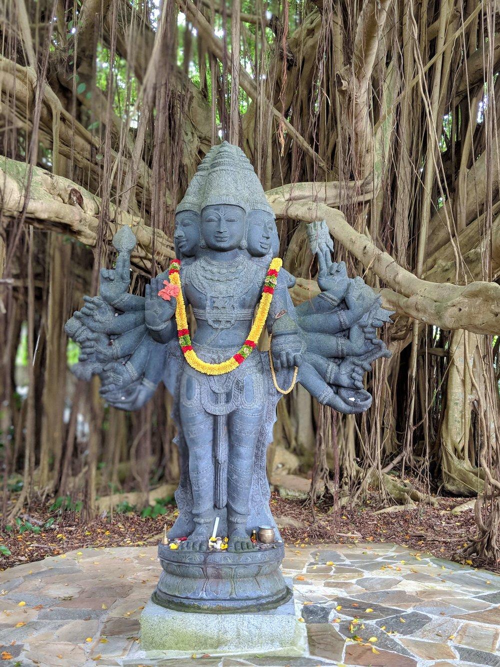 Hindu Monestary 02.jpg
