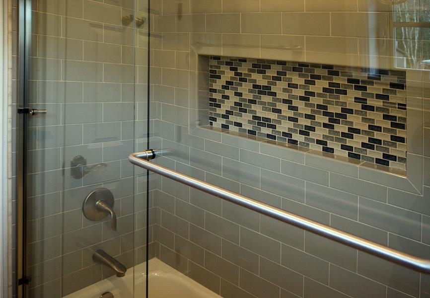 Kapadia Shower with Mosaic Tile Niche - Tatiana Hisel Interior Design