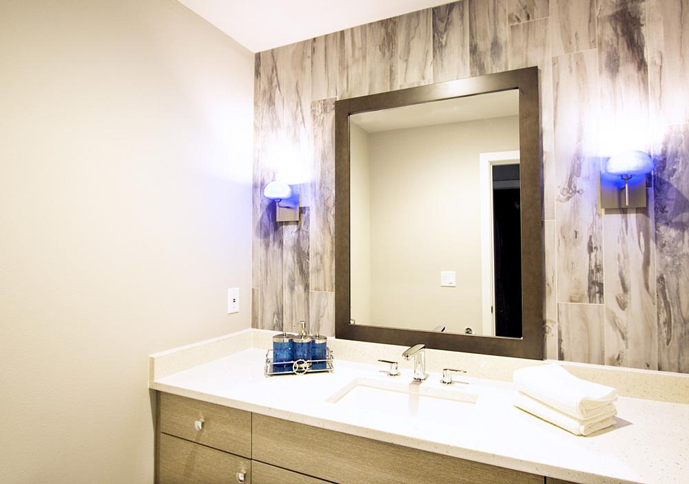 Tong Residence - Bathroom - Tatiana Interior Design