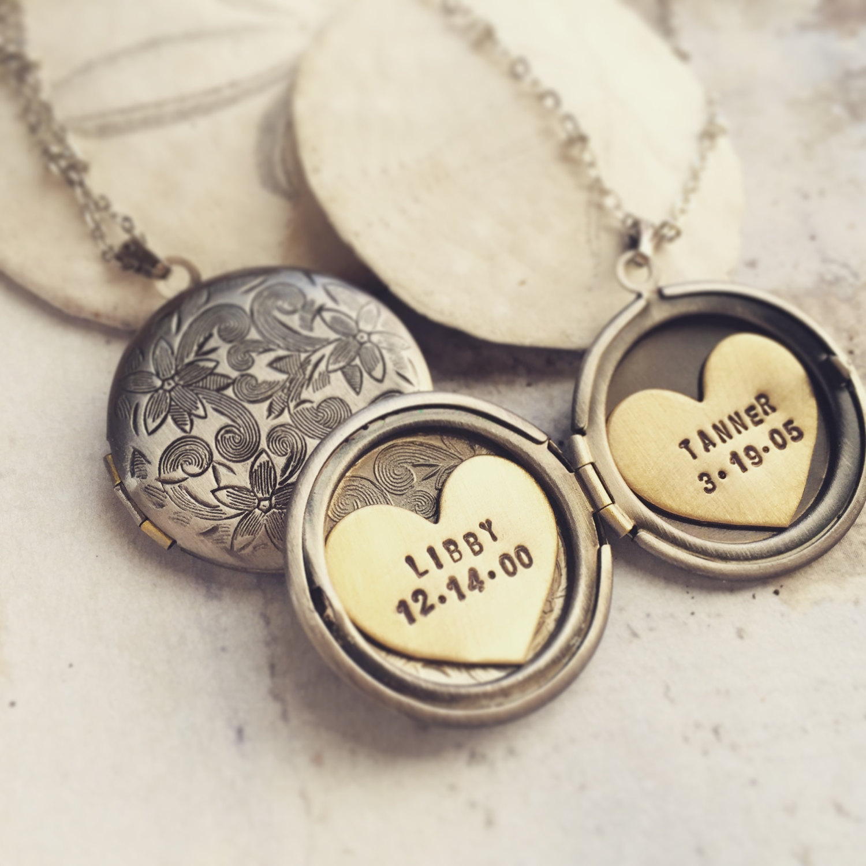 5de06f4da3 Custom message locket, Initial locket necklace, custom name locket ...