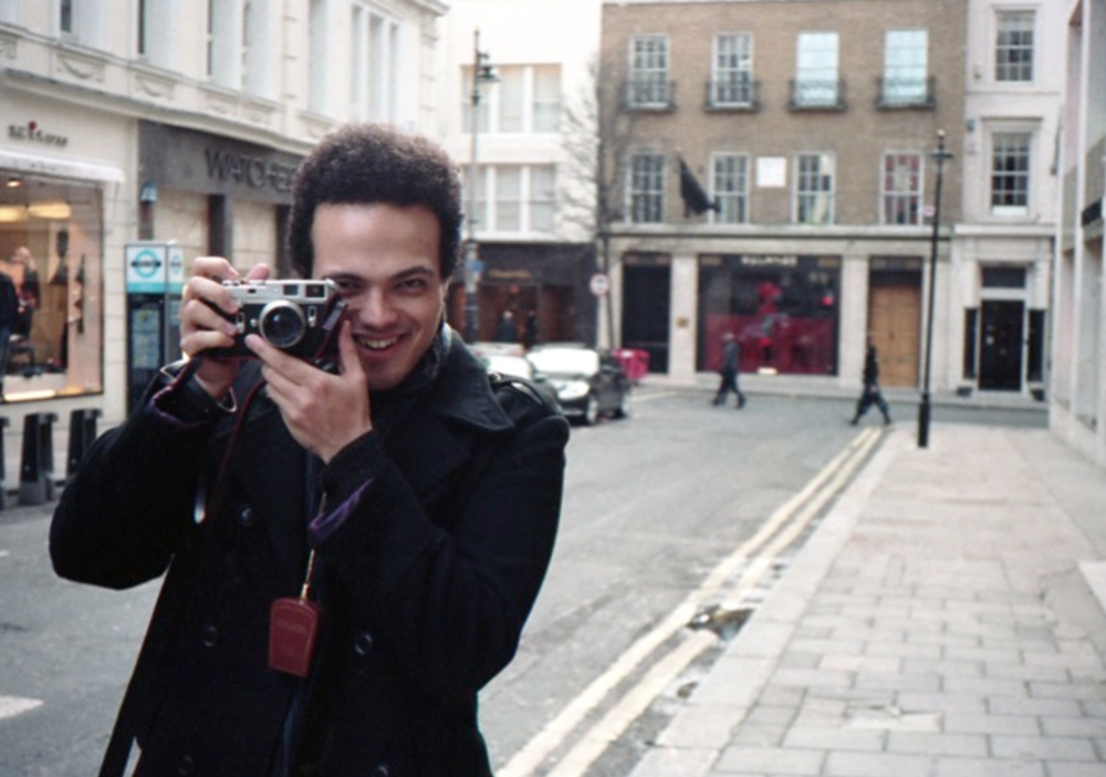 Adam and Leica, Bond Street, London. (15th March, 2015  ) //  Minolta Himatic AF2, Kodak Portra 160, Epson V330. // Adam Lee is a dear friend and creative polymath, skilled in Biology, Music and Photography. He first introduced me to film photography in 2012 and it stuck as an artful way to record my observations. When you are surrounded by passionate, creative people, they can't help but infect you.