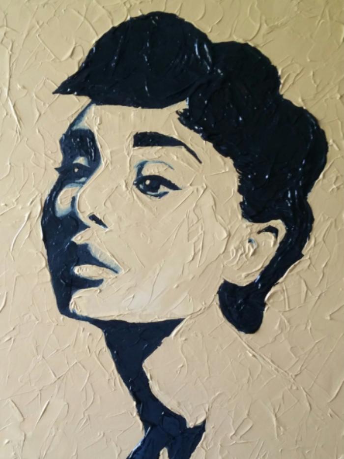 Audrey - 16 x24