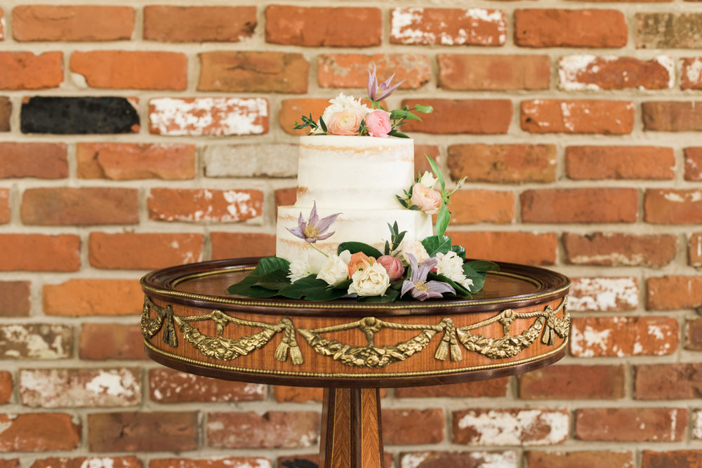 New Orleans Cream Wedding Cake